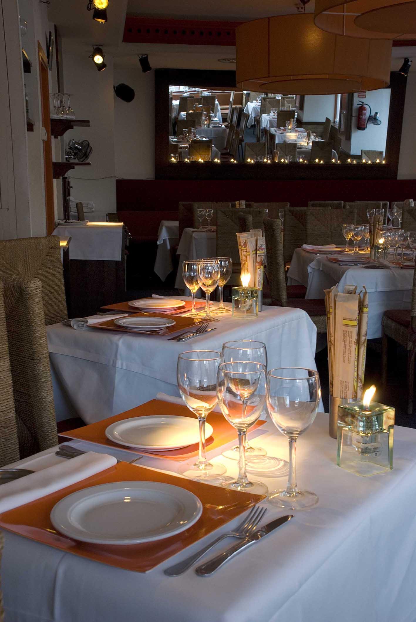 Restaurante el olvido alicia mesa dise adora de for Restaurante escuela de arquitectos madrid