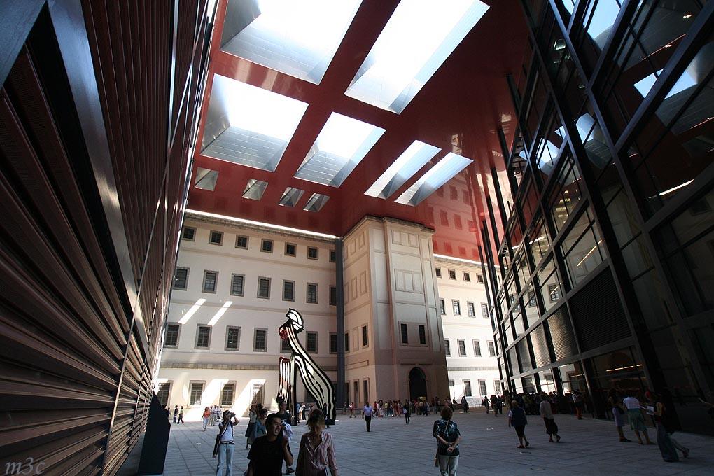 Pasillo del Museo Reina Sofia